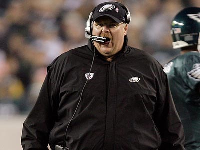 Andy Reid lost two timeouts to failed challenges in the second half of the Eagles´ loss to the Cowboys.  (David Maialetti/Staff Photographer)