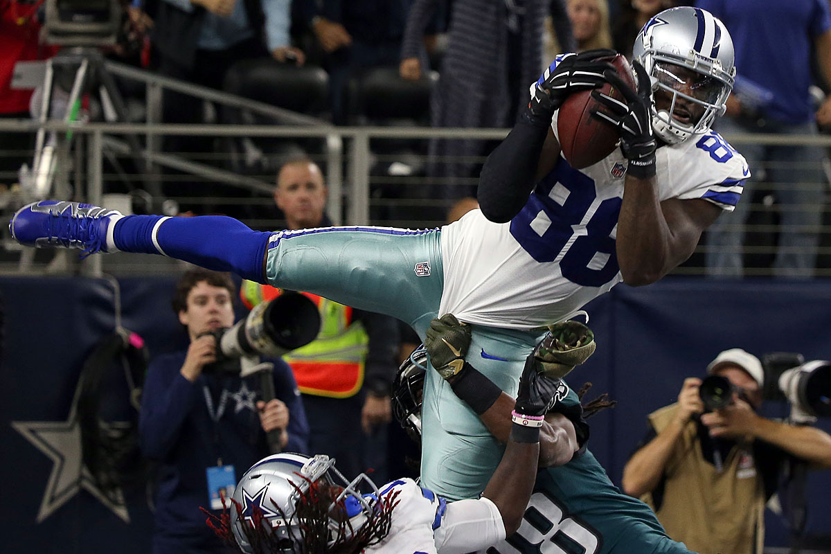 Dez Bryant es up big for Dallas in defeat