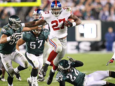 Giants running back Brandon Jacobs ran for 126 yards and two touchdowns against the Eagles. (Steven M. Falk / Staff Photographer)