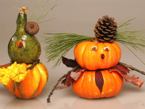 "Take a walk outside to gather a few items to build your own ""pumpkin people."" (Ken Love/Akron Beacon Journal/MCT)"
