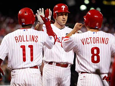 Jimmy Rollins and Shane Victorino are National League Gold Glove winners. ( Ron Cortes / Staff Photographer )
