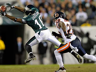 Eagles WR DeSean Jackson had just two catches for 16 yards last week. (AP Photo / Michael Perez)