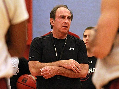 Fran Dunphy watches his team during a practice session. (David Swanson/Staff Photographer)