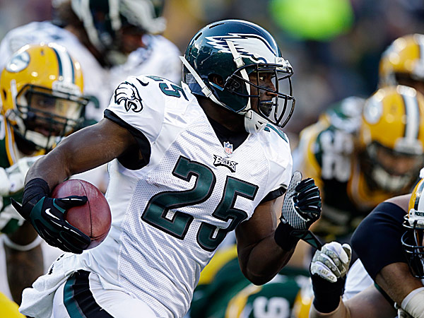 Eagles running back LeSean McCoy. (Tom Lynn/AP)
