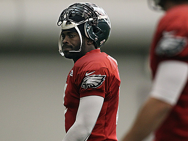 Michael Vick. (David Maialetti/Staff Photographer)