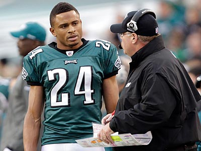 Nnamdi Asomugha was matched up on Larry Fitzgerald for 20 of 46 pass plays. (David Maialetti/Staff Photographer)