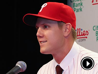 The Phillies introduced their new closer, Jonathan Papelbon, today at Citizens Bank Park. (Steven M. Falk/Staff Photographer)