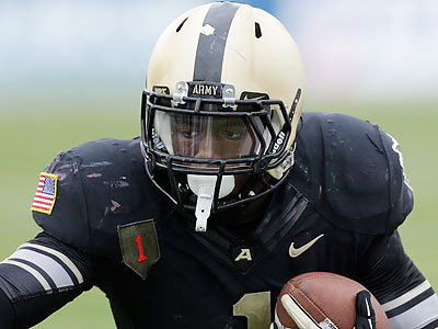 Army running back Raymond Maples is a product of West Catholic High School. (Mike Groll/AP file photo)