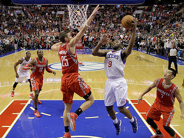 76ers guard James Anderson had a career night against the Rockets, his old team. (Matt Slocum/AP)