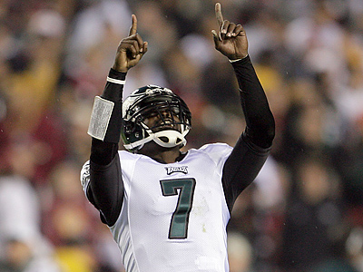 Michael Vick celebrates an Eagles touchdown against the Redskins on Monday Night Football. (Yong Kim / Staff Photographer)