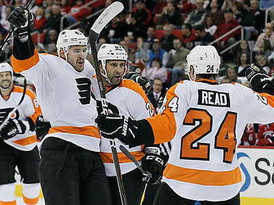 Flyers Overcome Shorthanded Goals