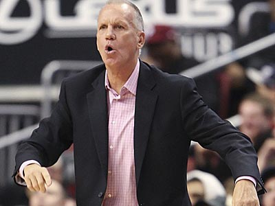Sixers´ head coach Doug Collins calls plays against the Pistons during the third quarter. (Steven M. Falk/Staff Photographer)