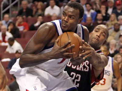 The rumored deal that would send Samuel Dalembert to the Kings is not close to happening. (File photo)
