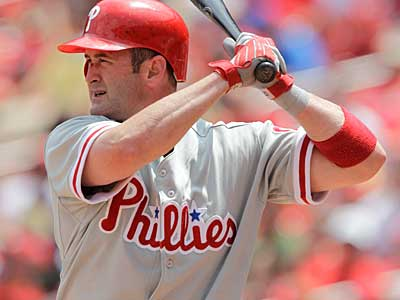 The Phillies have re-signed backup catcher Brian Schneider to a one-year deal. (AP Photo / Jeff Roberson)