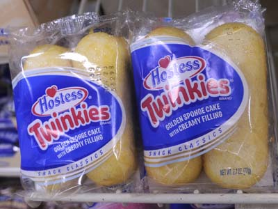 Hostess announced that it will liquidate and close its operations worldwide, including the bakery and distribution operation in Northeast Philadelphia. ( TOM GRALISH / Staff Photographer )