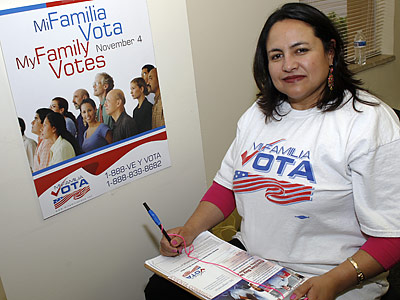 Hispanic voters turned out in large numbers for Barack Obama in the presidential election, swinging a number of key states in the Democrat´s favor. (David Zalubowski/AP)