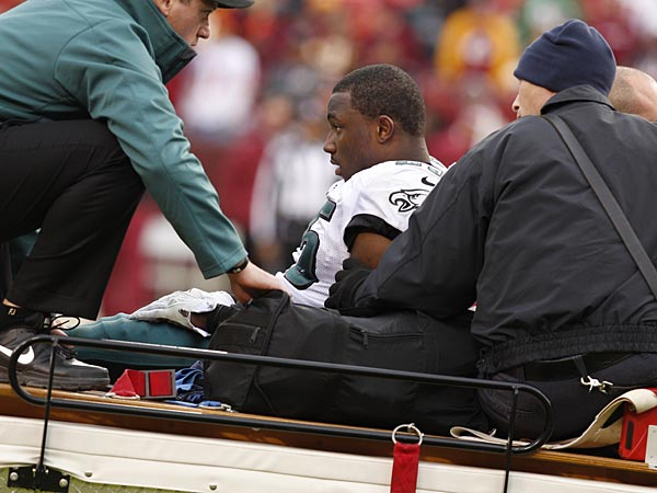 Eagles running back LeSean McCoy suffered a concussion against the Redskins on Sunday. (Ron Cortes/Staff Photographer)