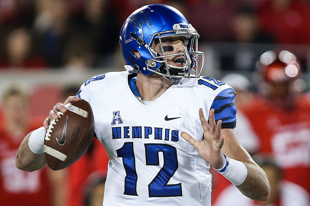 Paxton Lynch Will Be Victim of Irrational Quarterback Market During 2016 NFL Draft
