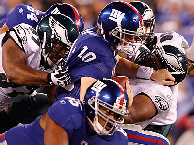 The Eagles kept Eli Manning mostly in check, and held the Giants´ rushing attack to just 29 yards. (David Maialetti/Staff Photographer)