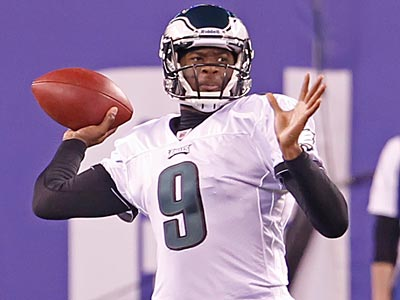 It looks like Vince Young will start his third consecutive game as quarterback on Thursday night against Seattle. (Ron Cortes/Staff Photographer)