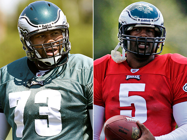 Former Eagles offensive lineman Shawn Andrews (left) and former Eagles quarterback Donovan McNabb (right). (AP file photos)