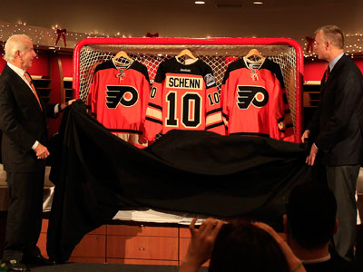 The Flyers unveiled their Winter Classic jersey today. (David Maialetti/Staff Photographer)