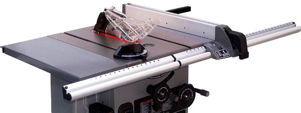 Table saw, Dewalt DC300K 36-volt cordless Nano.