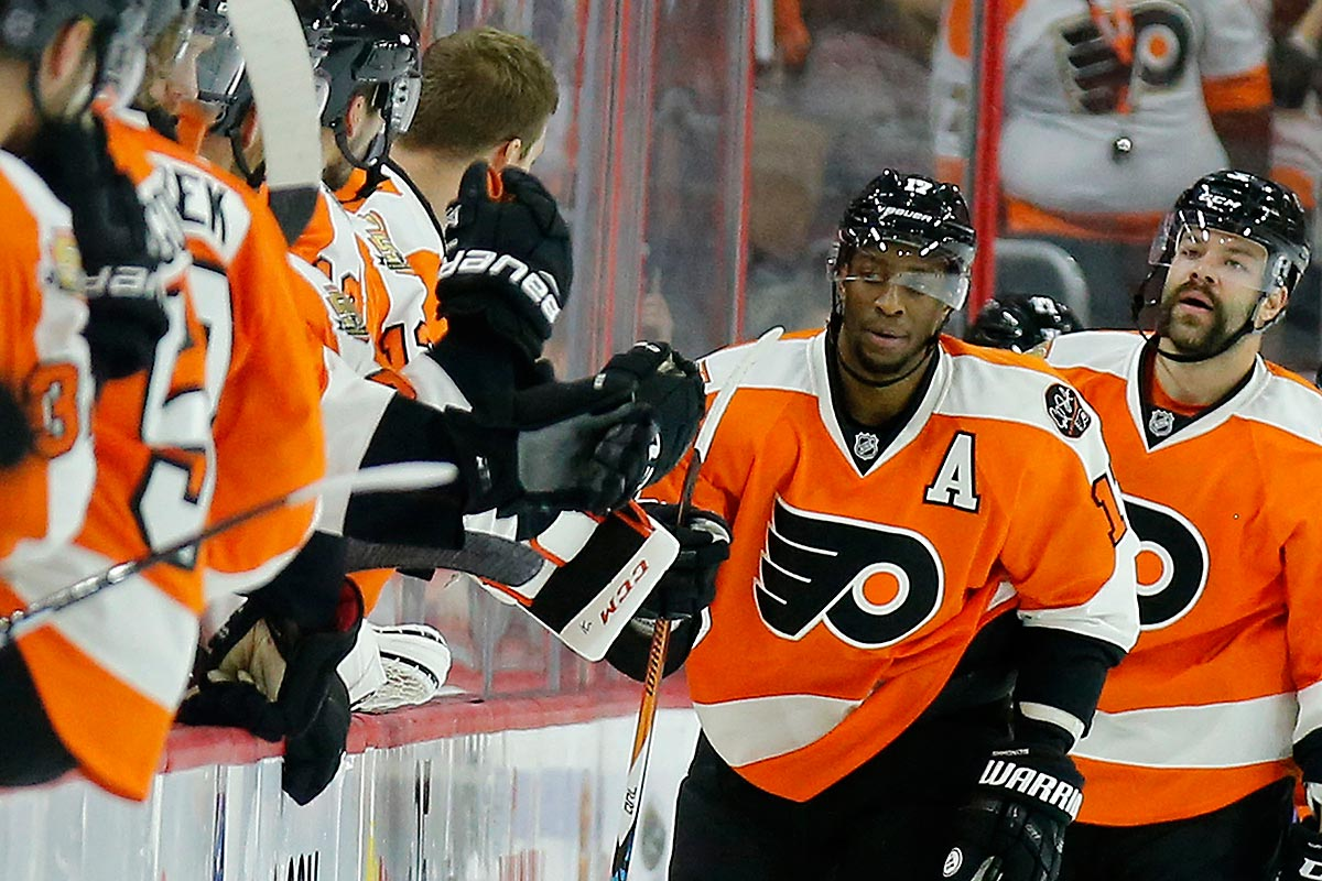 112716_simmonds-flyers_1200