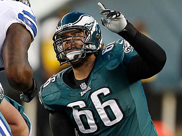 Eagles center Dallas Reynolds is active for tonight´s game against the Cowboys. (Yong Kim/Staff file photo)
