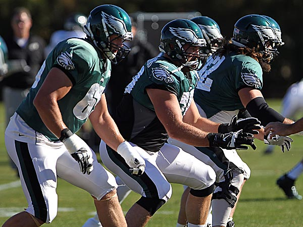 Eagles offensive linemen Lane Johnson, Todd Herremans and Jason Kelce. (David Maialetti/Staff file photo)