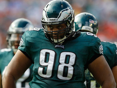 Mike Patterson will take the field for the Eagles for the first time since recovering from brain surgery Monday. (Lynne Sladky/AP)