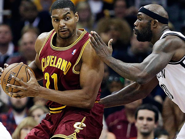Cleveland Cavaliers´ Andrew Bynum. (AP Photo/Tony Dejak)
