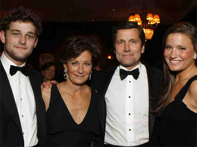 Gretchen and Stephen Burke of Comcast with their son, Dan, and daughter, Kelly at the 131st Philadelphia Charity Ball. (MICHAEL S. WIRTZ / Staff Photographer)