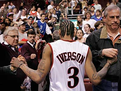 Allen Iverson is back for another run with the Sixers. He´ll make his debut Monday night at the Wachovia Center. (Ron Cortes / Staff file photo)