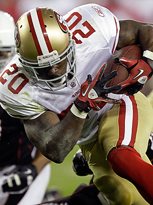 49ers running back Brian Westbrook is now a starter, but you can have him for much less other starters. (AP Photo/Paul Connors)