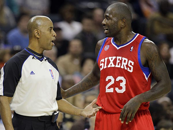 Philadelphia 76ers´ Jason Richardson, right, argues a call with referee Derrick Stafford, left, during the second half of an NBA basketball game against the Charlotte Bobcats in Charlotte, N.C., Friday, Nov. 30, 2012. Philadelphia won 104-98. (AP Photo/Chuck Burton)