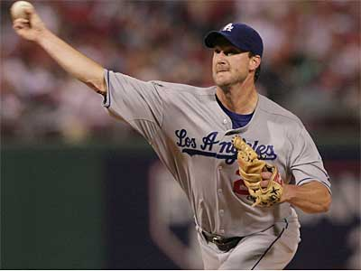Starter Derek Lowe went 14-11 with a 3.24 ERA last year for the Dodgers. (Jerry Lodriguss / File photo)