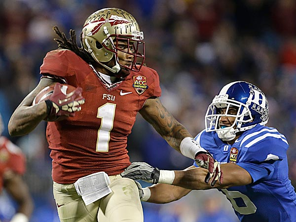 Florida State wide receiver Kelvin Benjamin runs past Duke´s Ross Cockrell. (Bob Leverone/AP file photo)
