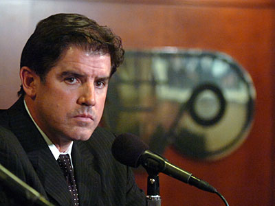 New Flyers head coach, Peter Laviolette, gets tough, on and off the ice. (Clem Murray / Staff Photographer)