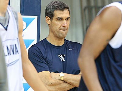 Jay Wright´s Villanova Wildcats take on the Temple Owls on Saturday afternoon. (Steven M. Falk/Staff Photographer)