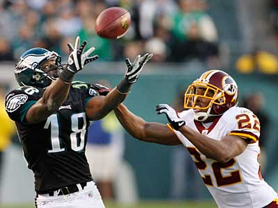 Eagles Jeremy Maclin left last weeks game after injuring his foot.  He will also miss Sunday´s game against the 49ers. ( Ron Cortes / Staff Photographer )