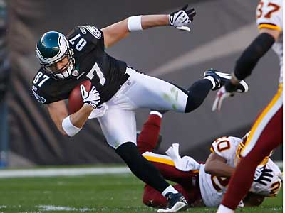 Is Eagles tight end Brent Celek a blue-chip player? ( Ron Cortes / Staff<br />Photographer )