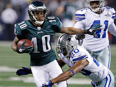 DeSean Jackson catches the ball in the first quarter against the Cowboys. (Ron Cortes / Staff Photographer)