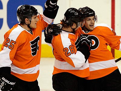 The Flyers are 6-0-1 in their last 7 road games. (Yong Kim/Staff Photographer)