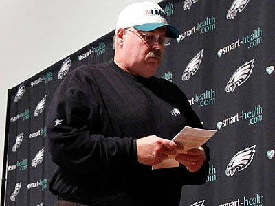 Andy Reid and the Eagles take on the Jets Sunday afternoon at the Linc. (Alex Brandon/AP)