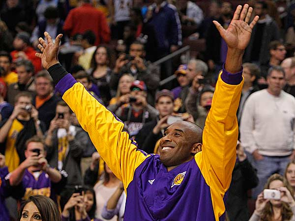 Kobe Bryant acknowledges someone in the Philadelphia crowd during warm-ups. (Ron Cortes/Staff Photographer)