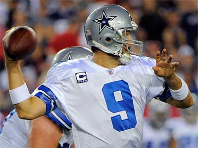 Tony Romo has thrown 17 touchdowns and no interceptions in the red zone. (AP Photo / Brian Blanco)