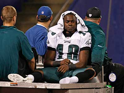 Jeremy Maclin left the game against the Giants on Dec 13. after injuring his foot. (Ron Cortes / Staff Photographer)