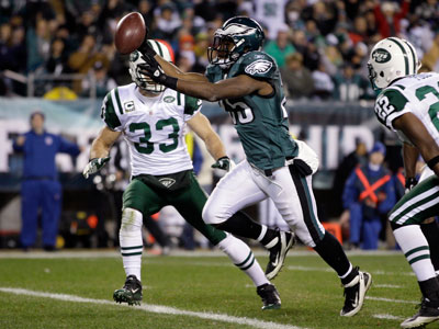 The Eagles can take the NFC East by winning their last two games and getting some help (AP Photo/Matt Slocum)