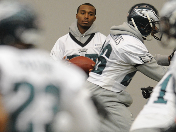 Eagles cornerback Brandon Boykin watches practice on Tuesday, December 17, 2013. (Clem Murray/Staff Photographer)